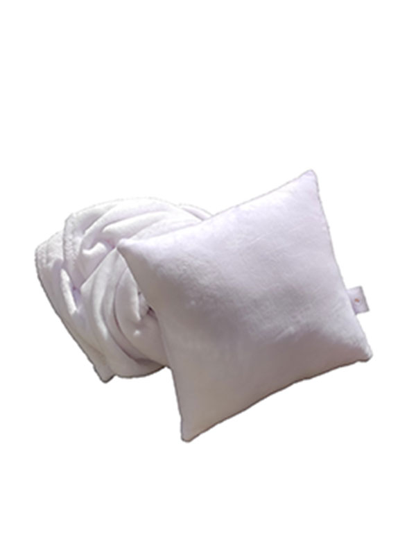 Plišani jastuk – bijeli